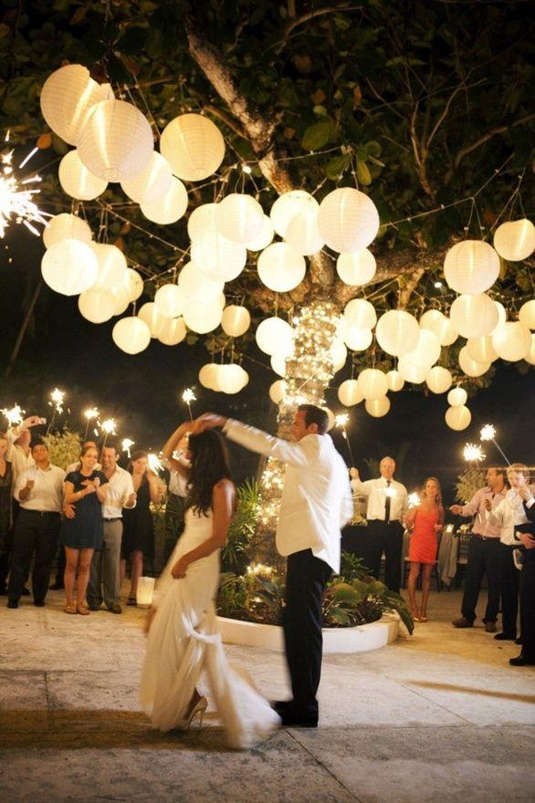 Buitenfeest bruiloft