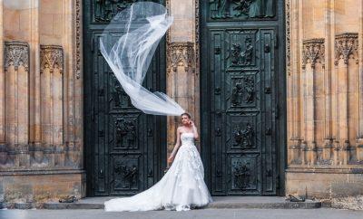 een bruiloft buiten