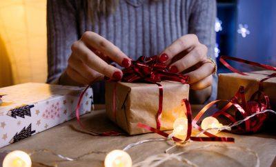 Man verwennen Kerstmis