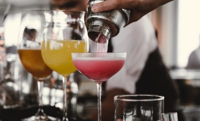 Stappen om cocktails te maken